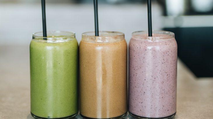 コンブチャを使った体が喜ぶ健康スムージーのレシピを紹介